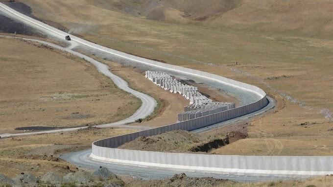 295 kilométeres határfallal állítaná meg az afgán menekülteket Erdogan
