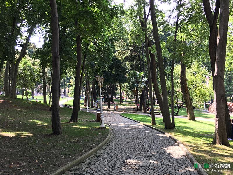 探訪土耳其秘境30天之旅第4天:伊斯坦堡老城區觀光 公園裡巧遇土耳其新任總統