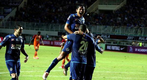 Saat Lawan Bali United, Arema FC Sekalian Mau Launching Logo Ulang Tahun ke 30