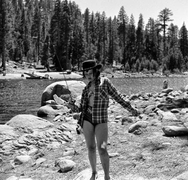 Vintage Pictures Documenting American Campers From The