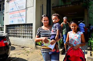 O Ministério da Saúde começa a distribuir nesta quinta-feira (9) 1,7 milhão de doses da vacina pentavalente aos estados, que vão encaminhá-las em seguida aos municípios.
