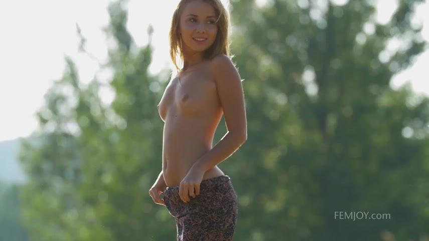 [FemJoy] Linda A - Wetland