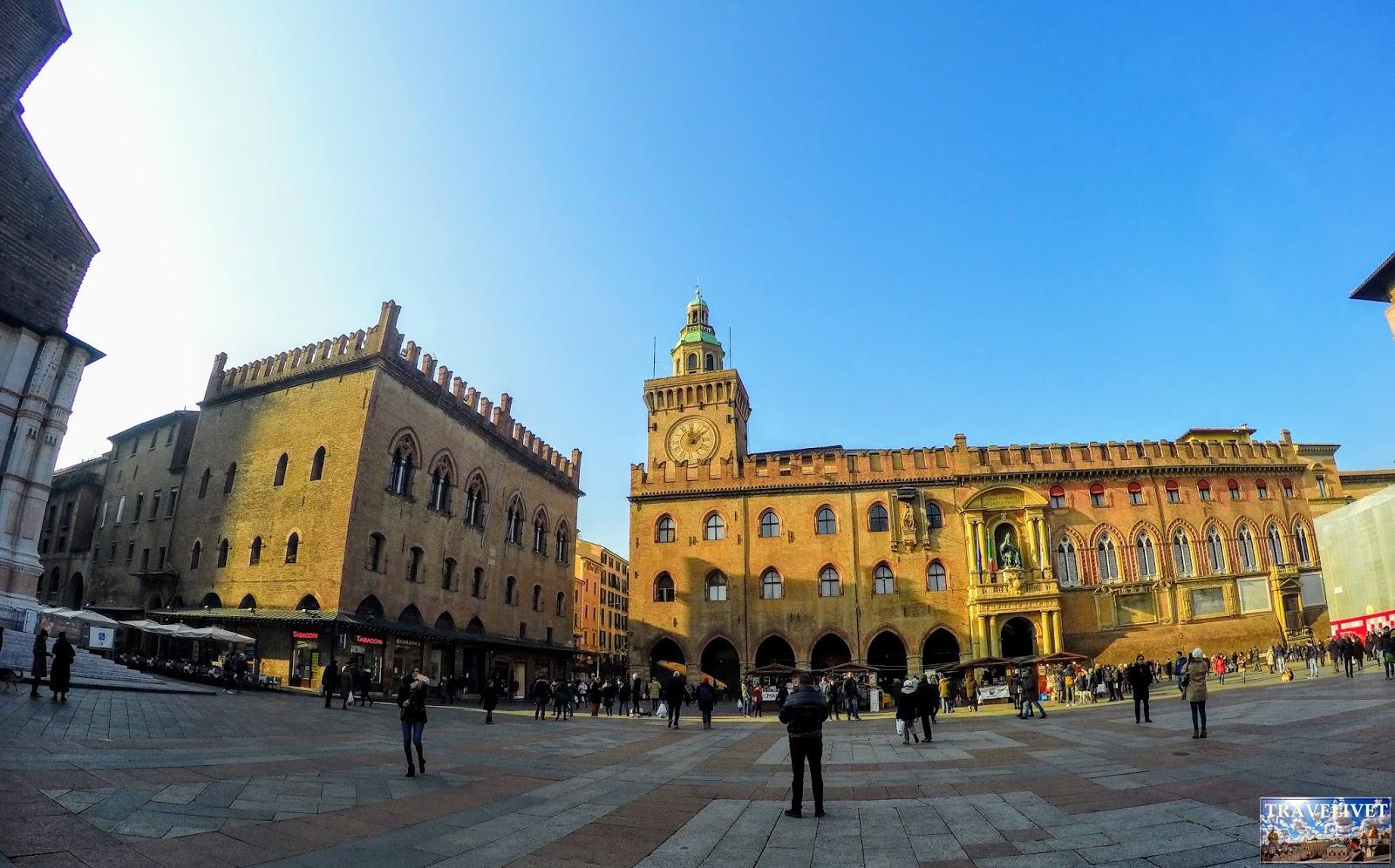 Italie Bologne Bologna Piazza Maggiore
