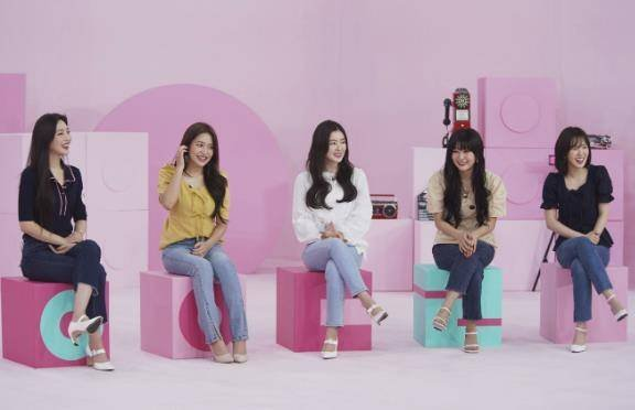 Red Velvet, yurtta her üyenin kendine özel odası olduğunu açıkladı