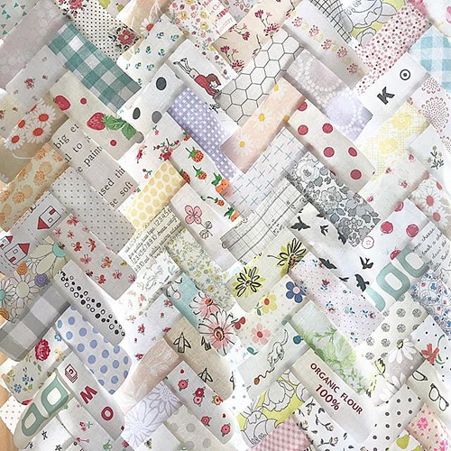 Herringbone Quilt | Modern Quilt Magic | © Red Pepper Quilts 2017