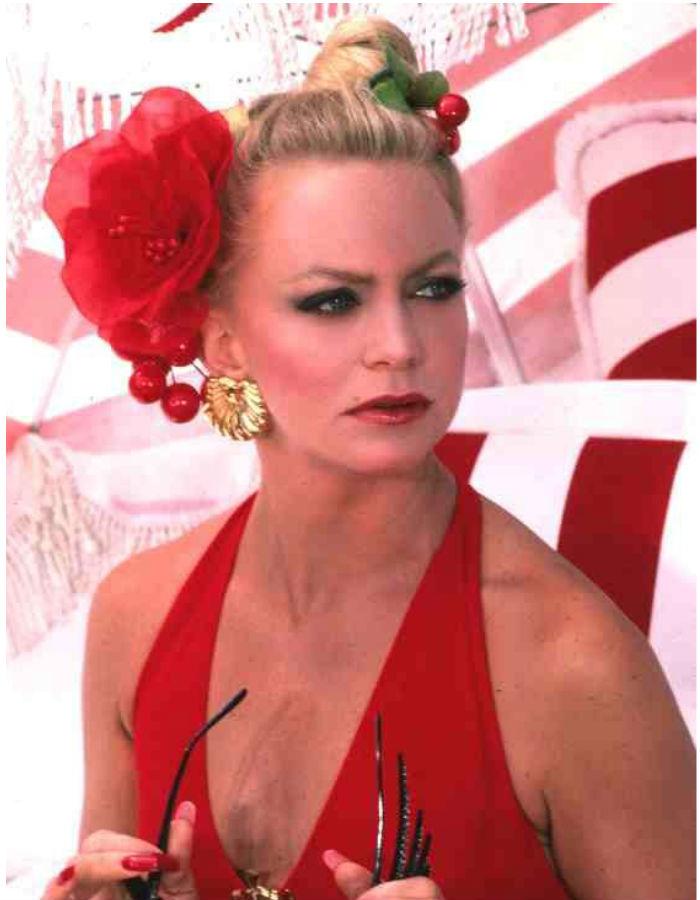 Goldie Hawn overboard movie