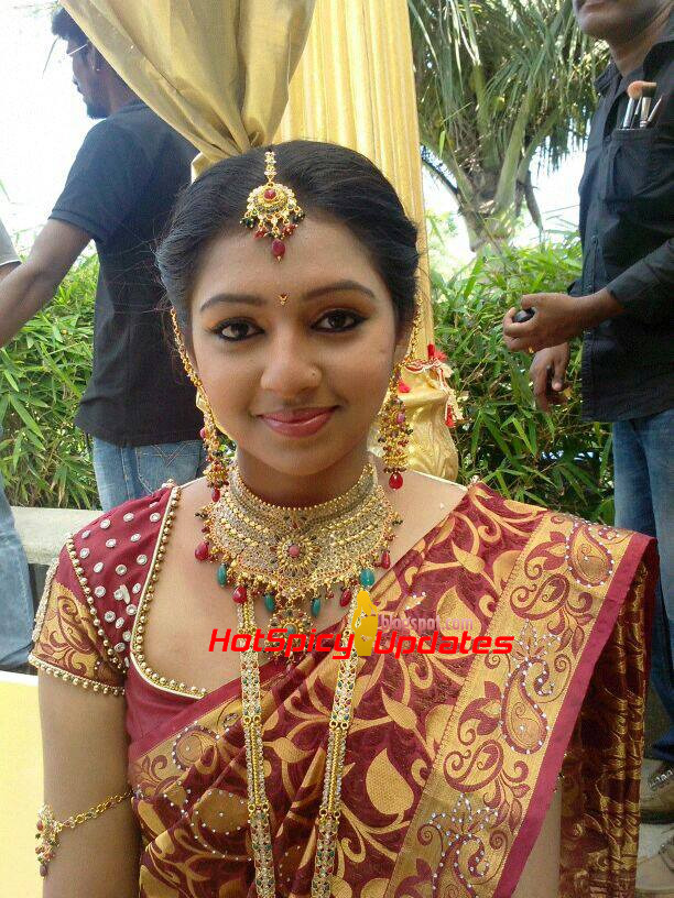 Lakshmi Menon Spicy Hot Behind Scene Stills from Various ...Lakshmi Menon In Raghuvinte Swantham Rasiya