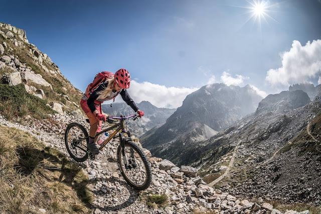 Mountainbike Girl Tete sud des bresses