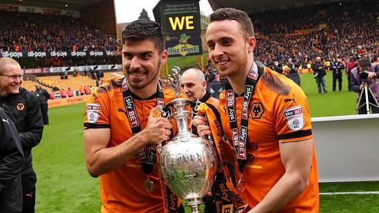 Cuộc cách mạng ở giải hạng nhất của câu lạc bộ Wolverhampton là một thử thách lớn