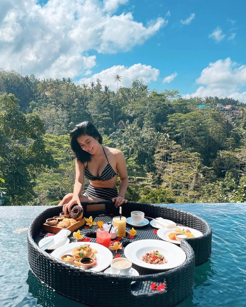 Foto Cita Citata Pakai Bikini di Bali