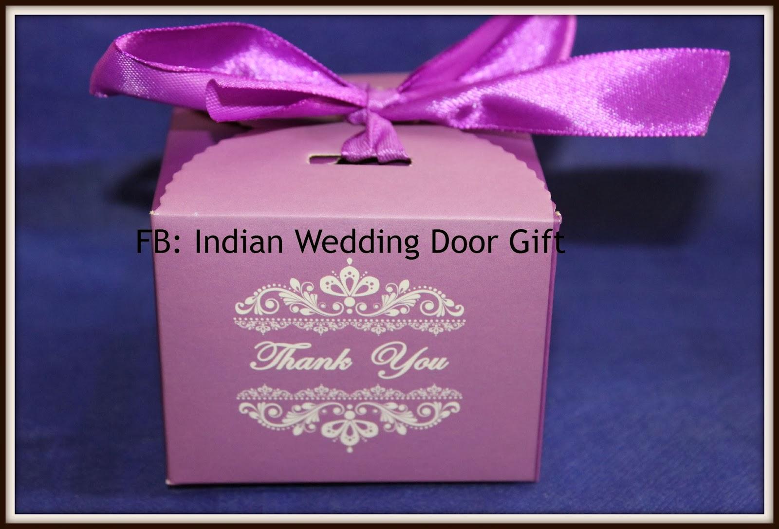 Wedding Door Gift: Indian Wedding Door Gift: Indian Sweets : Laddu In Box