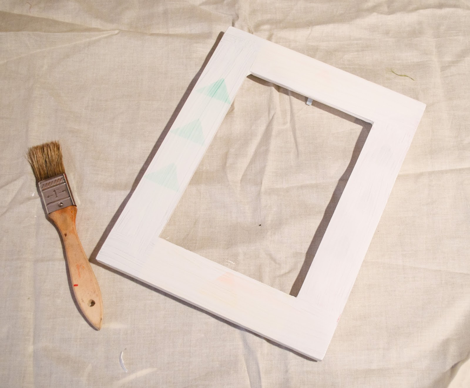 DIY - Crackle Paint Picture Frame | Uniquely His