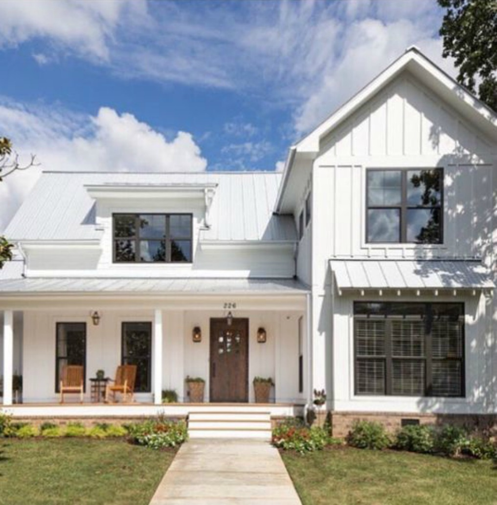 Inspiring modern farmhouse exteriors hello lovely for 2 story modern farmhouse