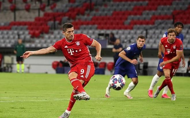 """Video Bayern Munich - Chelsea: Penalty """"mở khóa"""", 5 bàn mãn nhãn"""