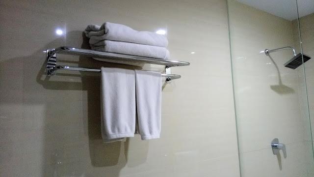 Menjaga dan Merawat Kebersihan Handuk Mandi