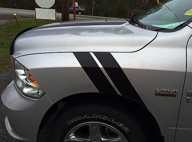 nice-double-black-stripe-on-dodge-ram