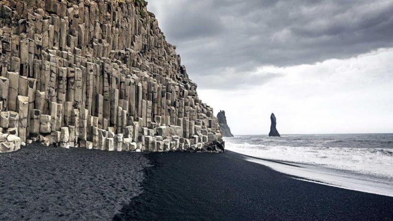вулканические чёрные пляжи исландии