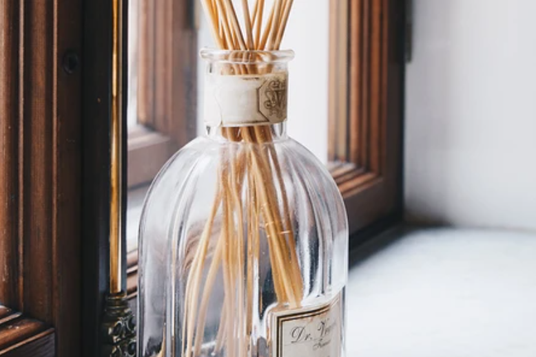 Fragrances for vivacity: how to tune in to work with the help of scents