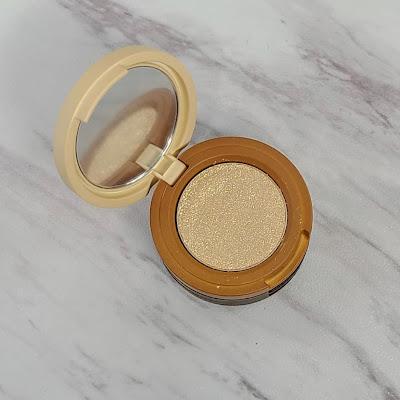 Review: Kaja Beauty Bento Bouncy Eyeshadow Trios