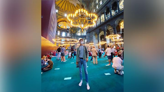 Sering Travelling ke Negara Muslim, Youtuber Asal Inggris Resmi Mualaf