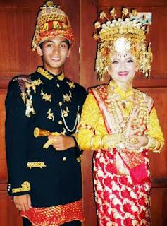 Gambar Pakaian Adat Aceh