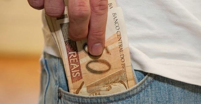 Auxílio emergencial pode durar até o fim do ano com valor de R$ 200; saiba mais