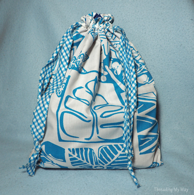 Learn how to make a lined drawstring bag ~ Threading My Way