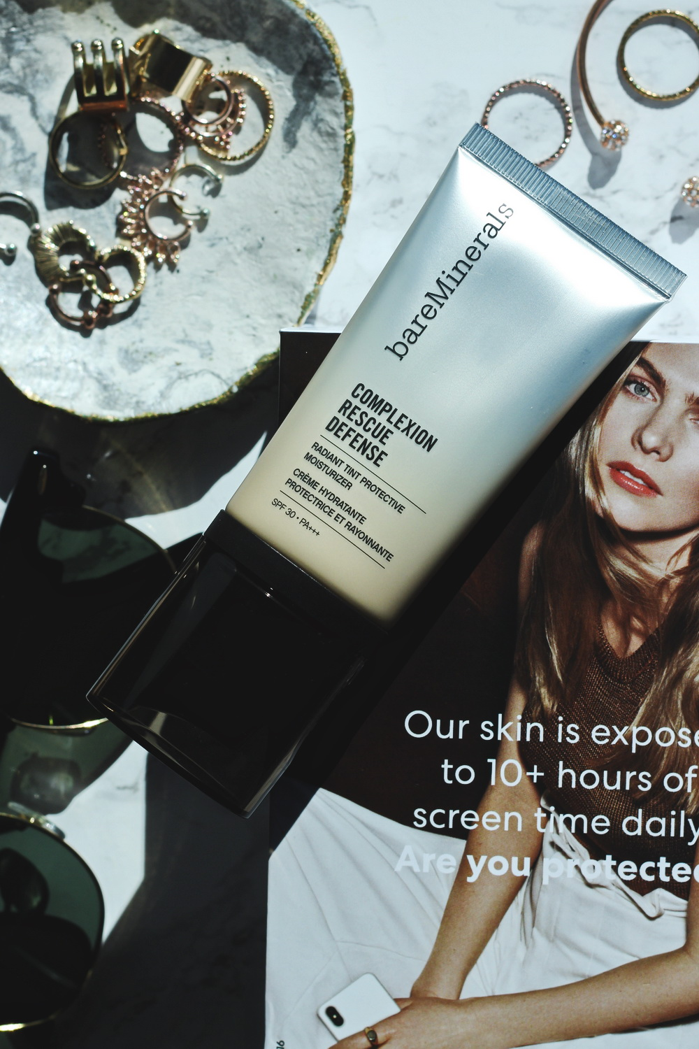 review bareMinerals Complexion Rescue Defense