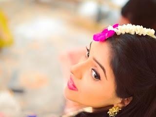 Asin Thottumkal Photos