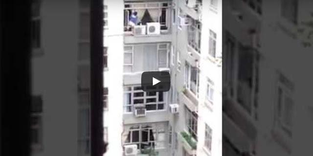 TKW Hong Kong Ini Masih Lap Jendela Luar Apartemen, Padahal ...