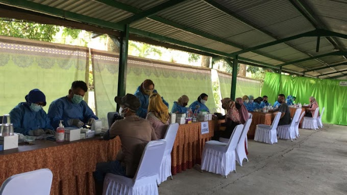 Kodim Depok Bersama Dinkes Lakukan Vaksinasi Massal di Duren Seribu
