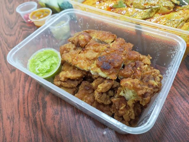 Fried Chicken with Thai Spicy Sauce