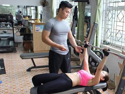 tập gym giúp người gầy tăng cân