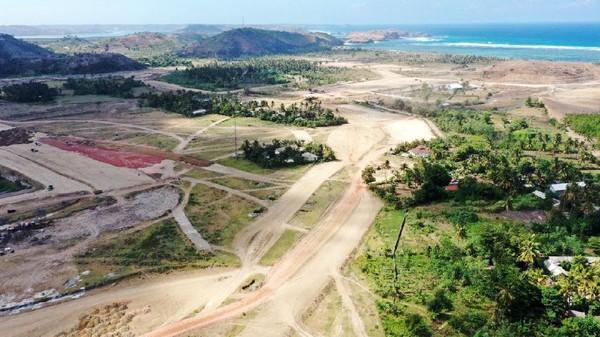 Sirkuit Mandalika 6 Bulan Lagi Kelar, Luhut: Jangan Nanti Tanahnya Goyang