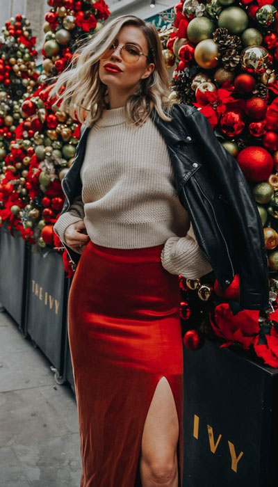 From casual outfits for family reunions to crazy trendy party outfits, we've got your back see these 24 Best Christmas Outfits You Can Shop this Holiday Season.   jacket +skirt outfits   #christmas #holiday #newyear #skirt