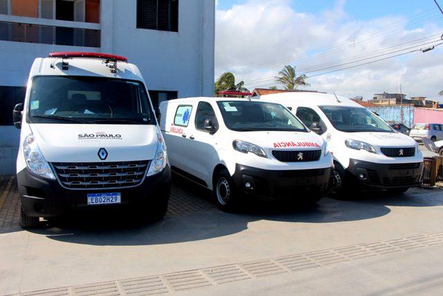 Município da Ilha Comprida com duas novas ambulâncias e uma van zero km