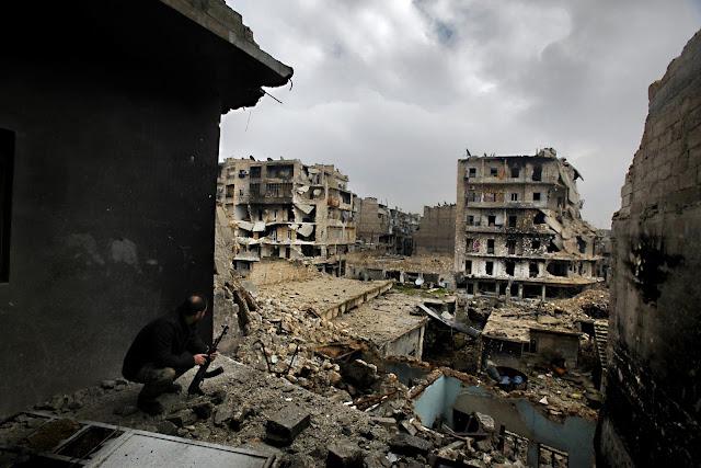 Vocês devem saber que a maioria das lutas no Oriente Médio envolvem tropas estrangeiras, certo?