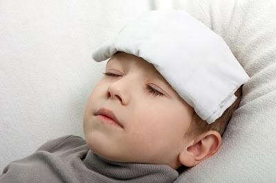 Sốt là triệu chứng rất hay gặp ở trẻ em
