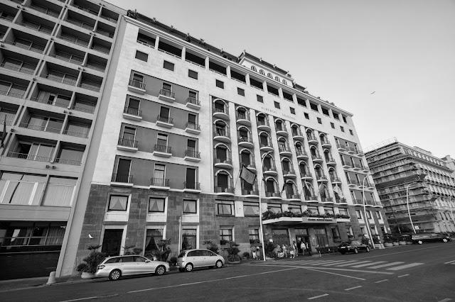 Hotel di fronte al Castel dell'Ovo-Napoli