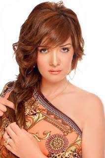 سيف الدين (Hasnaa Seif Eldein)، ممثلة أردنية من أصل فلسطيني مقيمة في مصر