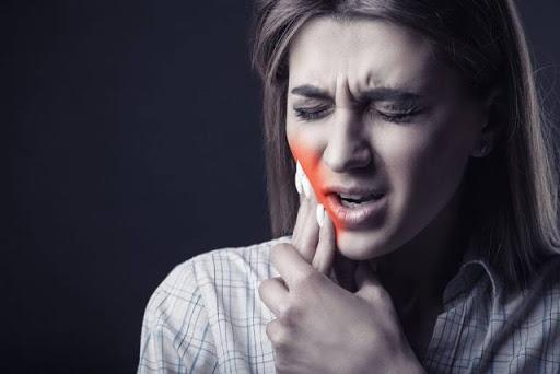 Cara Mengatasi Sakit Gigi Ketika Liburan