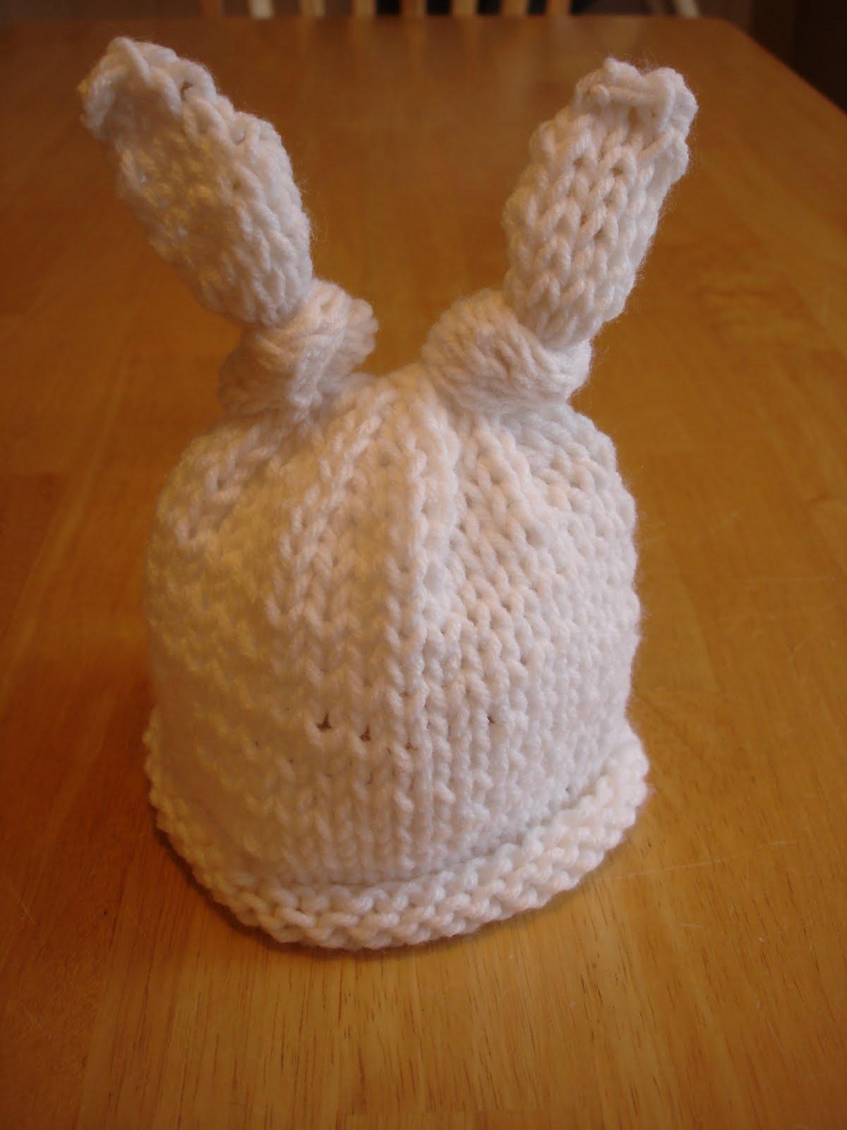 Fiber Flux: Free Knitting Pattern...Baby Bunny Newborn or Preemie Hat!