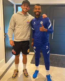 Ben Chilwell shares Chelsea experience as he runs into 'legend' Ashley Cole