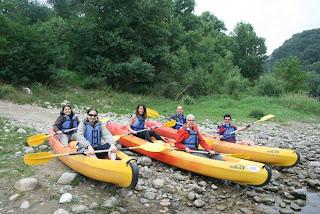 Foto del grupo del #blogtripardèche antes del descenso.