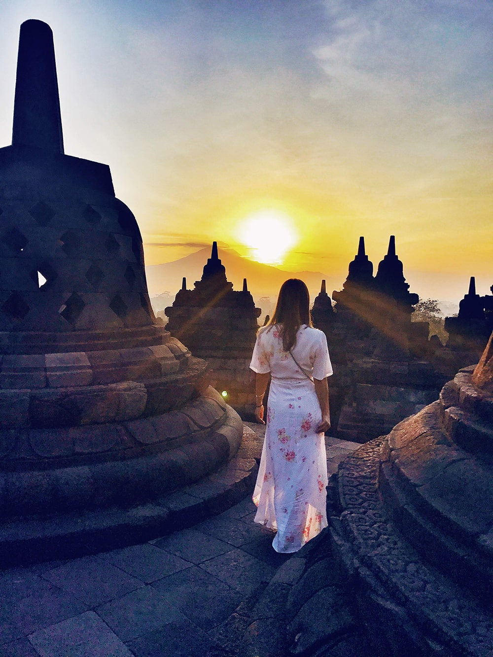 Crystal Phuong- What to do in Yogyakarta- Sunrise in Borobudur temple 2