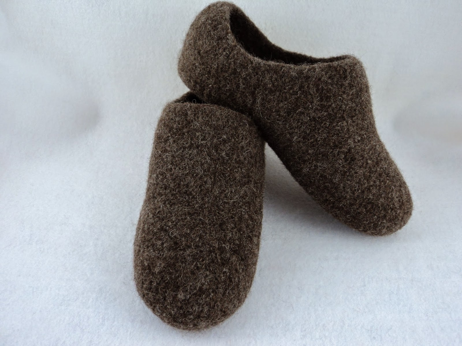 Felted Slippers Knitting Pattern : moniqueraedesigns: Felted Slipper Pattern Improved!
