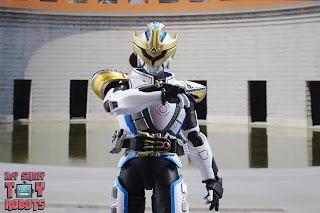 S.H. Figuarts Shinkocchou Seihou Kamen Rider Ixa 14