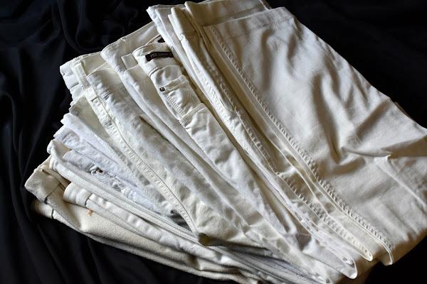 40代メンズ白パンツ