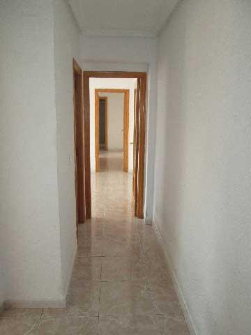 piso en venta calle ricardo catala abad castellon pasillo