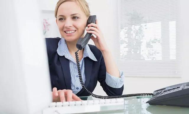 Tips Menjawab Telepon dengan Benar dalam Bisnis